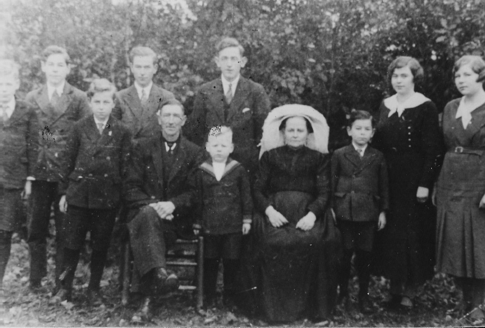 ca1925 Fam Christ Schellekens en Martina Langenhuijzen