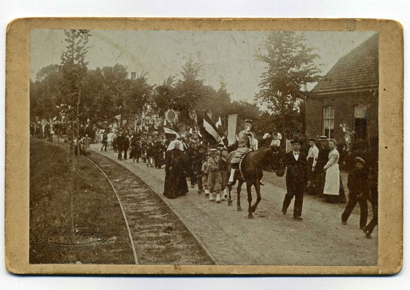ca1901 Heilige Kindsheid processie (4-7)
