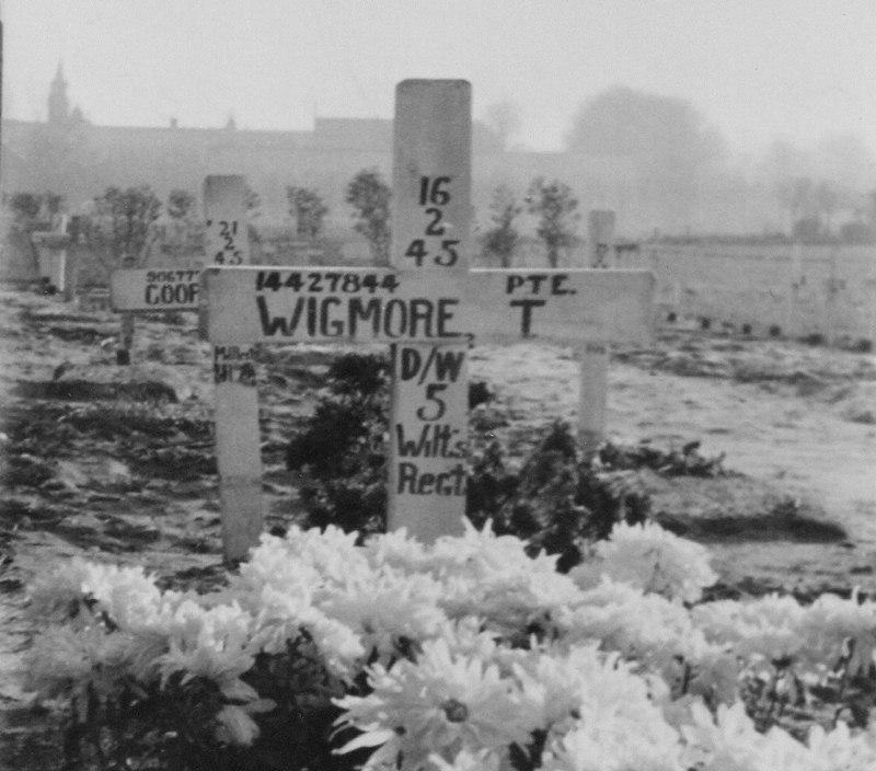 1945 15 februari, Graf  van Pte Wigmore
