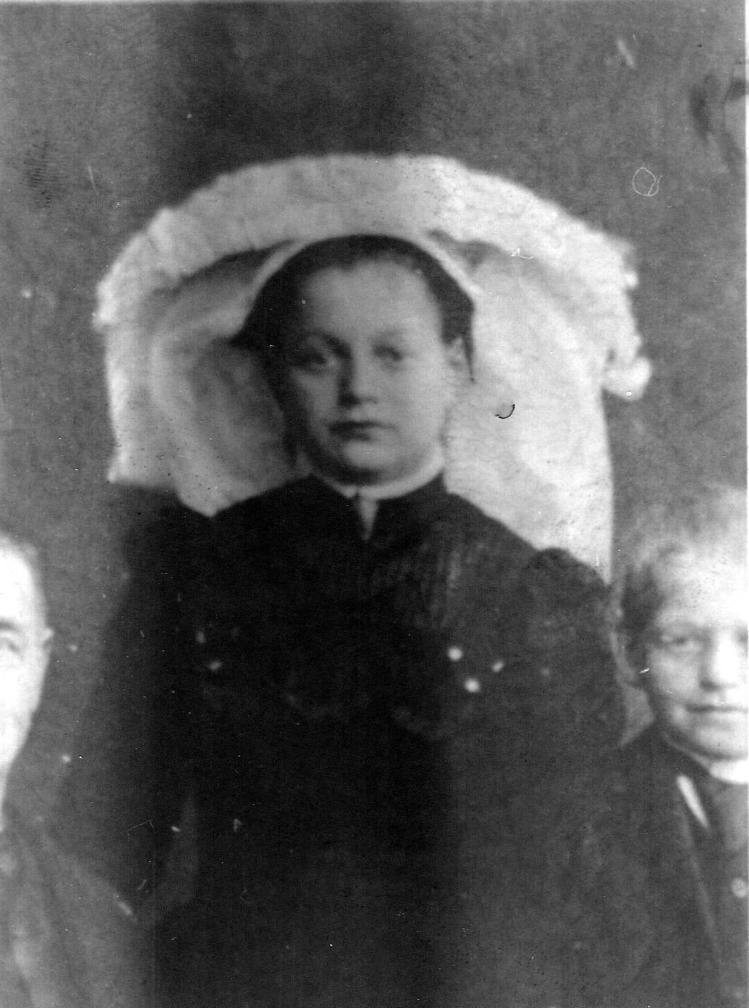 ca 1900 Moeder Groenendaal ca 1900, [moeder van Rieke)