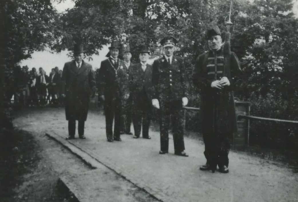 29-09-1943 Viering patroon aartsengel Michael.