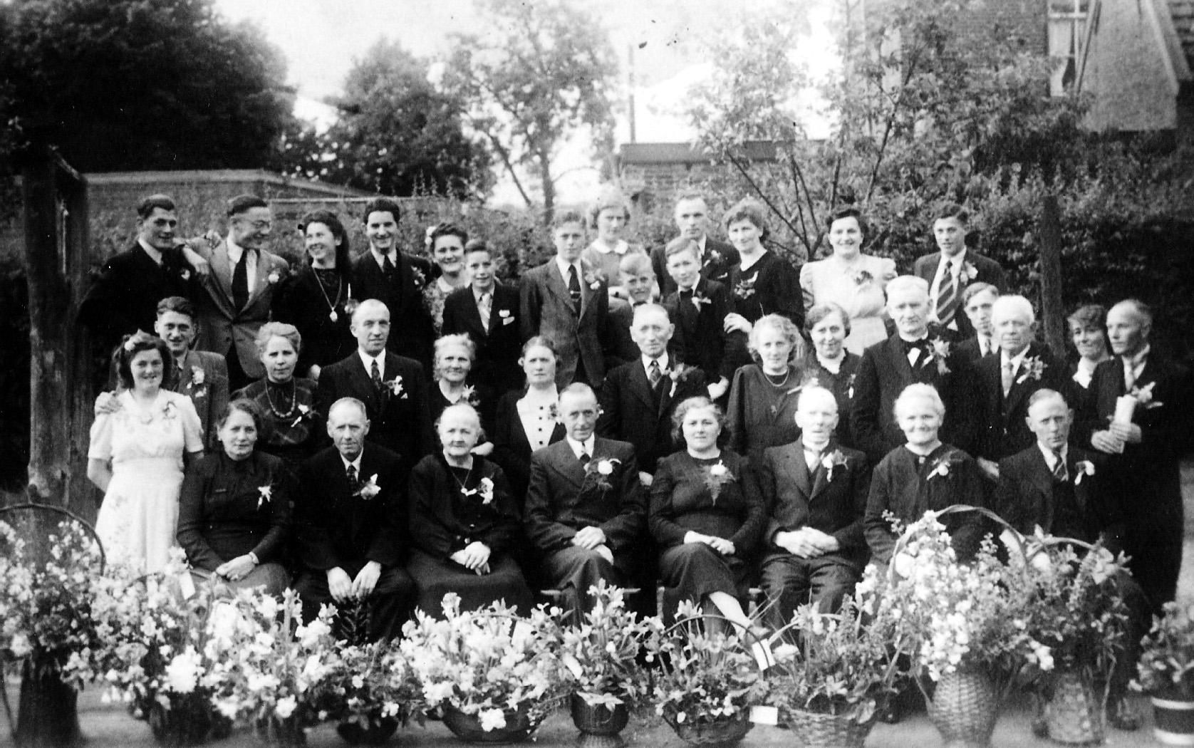 ca1950 Zilveren bruiloft Willem Berkelmans en Jaan van de Donk