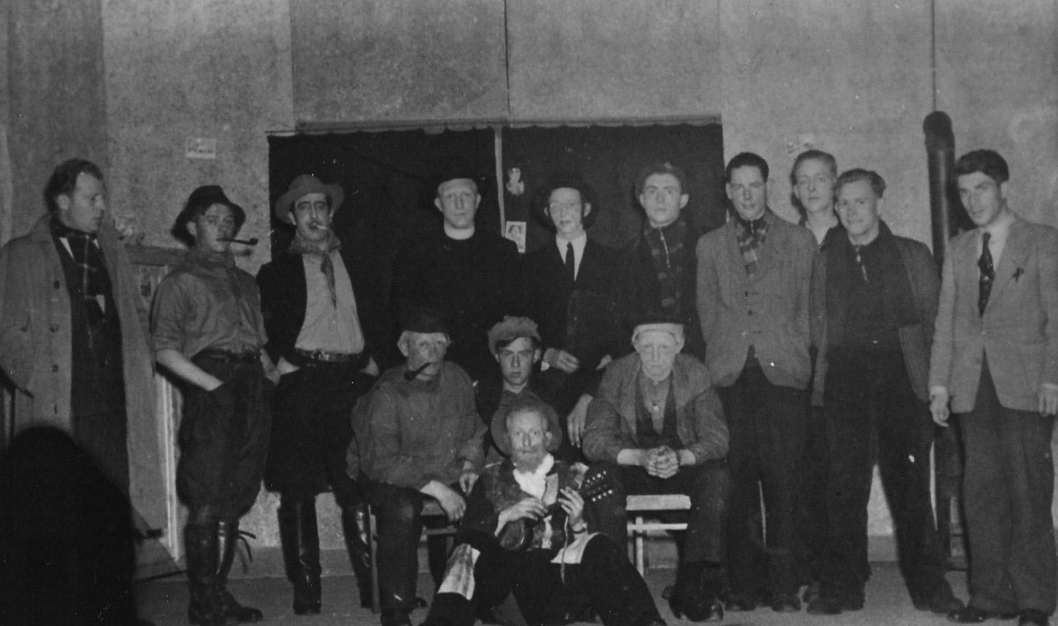 ca1945/47 Toneelgroep van de jonge Boerenstand