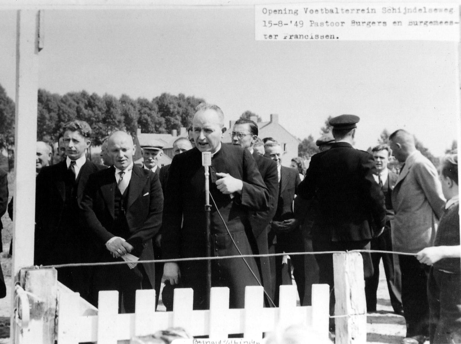 1949 Opening voetbalterrein aan de Schijndelseweg