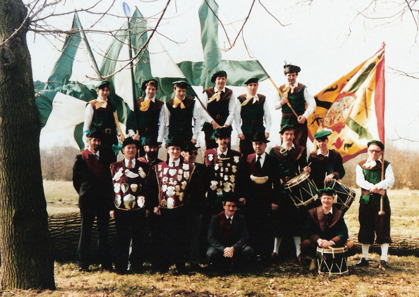 1983 Groepsfoto, Gilde Sint Anthonius en Barbara.
