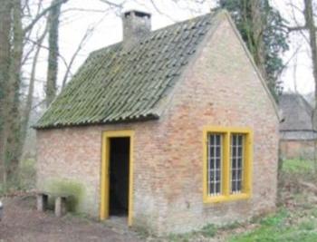 ca2004 Bakhuisje Haanwijk. Wie weet wanneer het gebouwd en gerestaureerd is? (5-13)