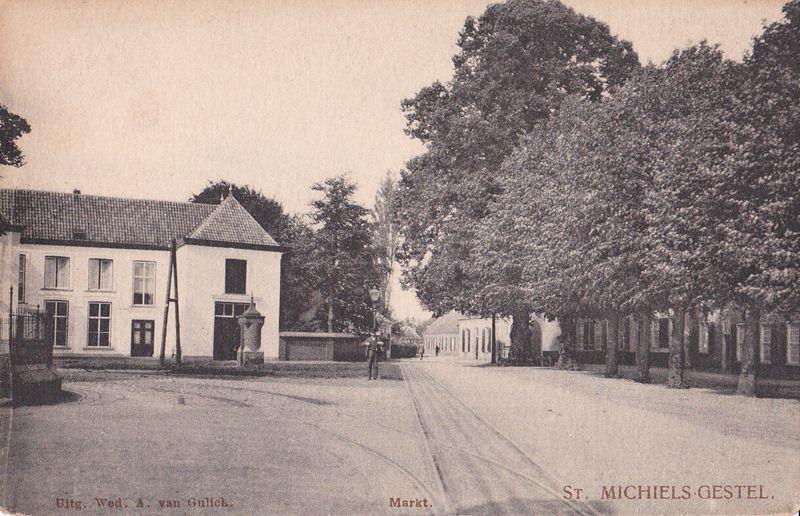 voor1930 doorkijk naar de Nieuwstraat, met links Huize Overkerk, rechts de Zwaantjes