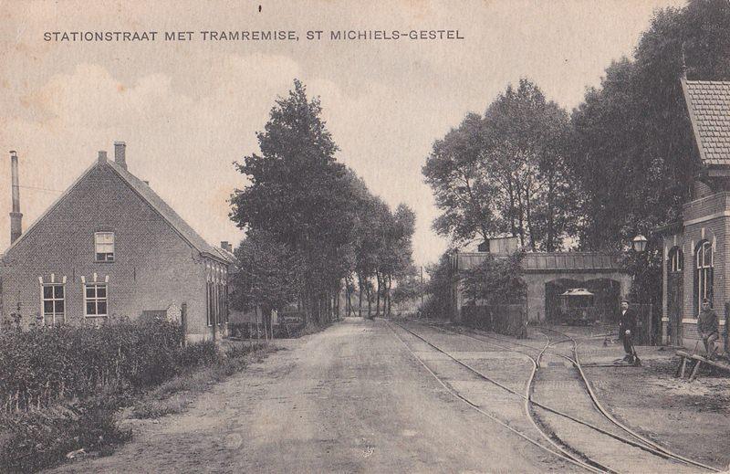 ca1910/20 Stationsstraat met Tramremise Sint-Michielsgestel
