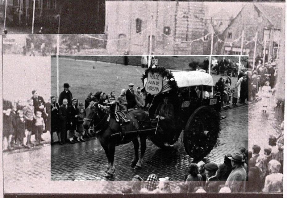 """1948 Optocht regeringsjubileum H.M. Wilhelmina, buurtwagen Horzik, """"Hulde aan de Vorstin"""""""