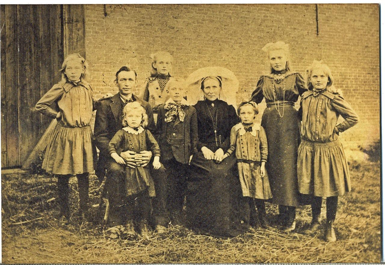ca1918 Fam. Schellekens – van de Oetelaar [de Paal (paol)]