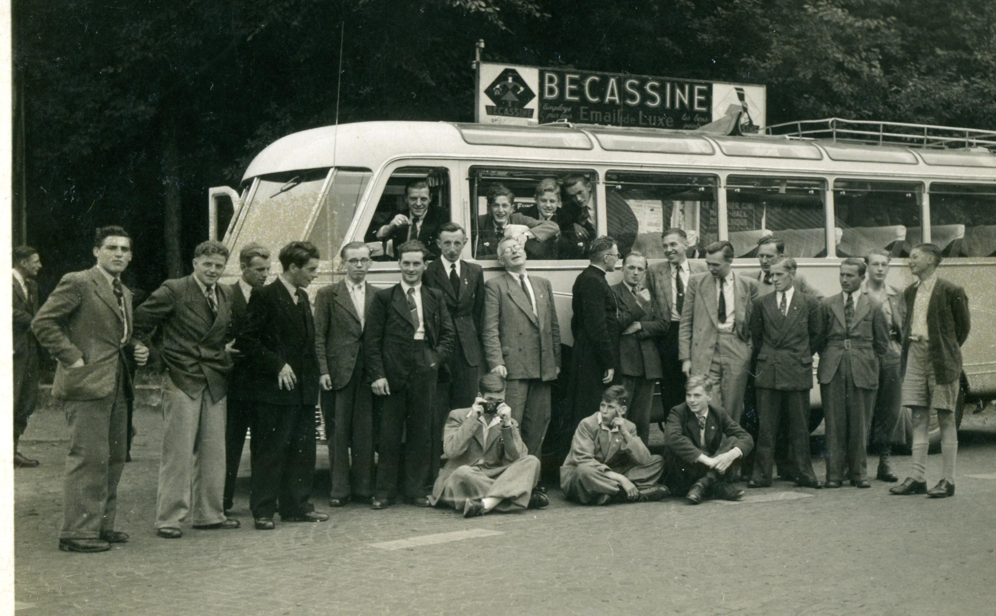 ca1955 Uitstap met de bus van kerkkoor? Naar?